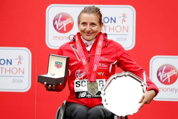 Seriensiegerin im Marathon: Manuela Schär, hier nach dem Erfolg in London.