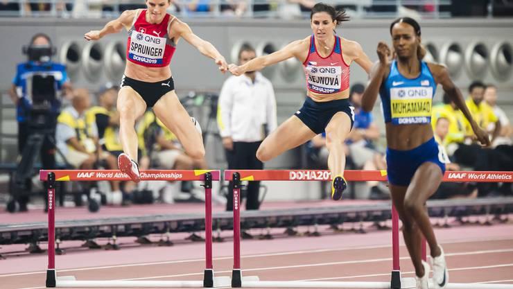 Léa Sprunger (ganz links) gibt im Finallauf alles - am Ende gibt es keine Medaille.