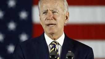 Der ehemalige US-Vizepräsident Joe Biden hat sich bei den US-Vorwahlen in weiteren Gliedstaaten als Kandidat der Demokraten durchgesetzt. (Archivbild)