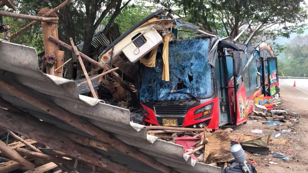 Thailand gehört weltweit zu den Ländern mit den meisten Verkehrsunfällen. Im vergangenen Jahr starben dabei mehr als 24'000 Menschen. (Symbolbild)