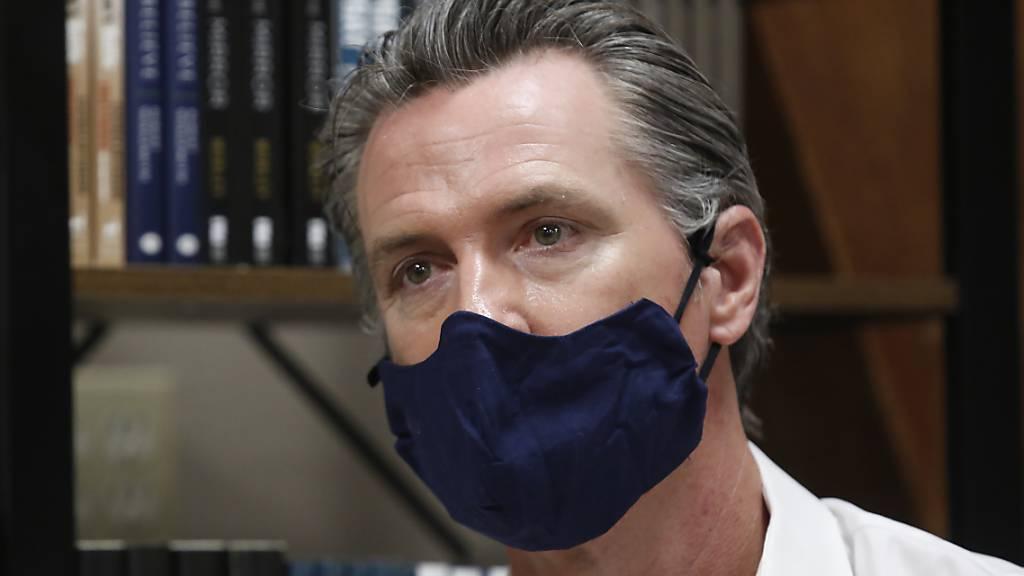 Kalifornien ordnet Maskenpflicht in der Öffentlichkeit an