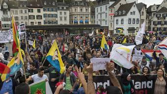 In Basel wird es heute eine bewilligte Kurden-Demo geben. Türken haben diesbezüglich Rundmails versendet. Sie sind gegen die Kundgebung. (Symbolbild)