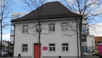 Das ehemalige Gemeindehaus am Widenplatz freut sich auf neue Mieter. Archiv