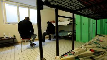 Keine Kameras gibt es im privaten Bereichen; in Toiletten oder Schlafzimmern. (Durchgangszentrum Balmberg)