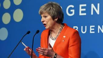 Ganz Grossbritannien und besonders Theresa May blicken gespannt dem 11. Dezember entgegen.