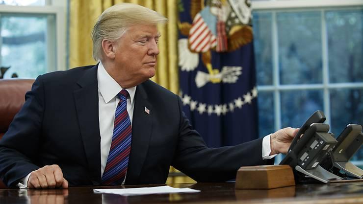 Was hat er versprochen? US-Präsident Donald Trump im Oval Office des Weissen Hauses. (Symbolbild)