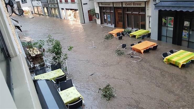 Die Zofinger Altstadt wurde überflutet.