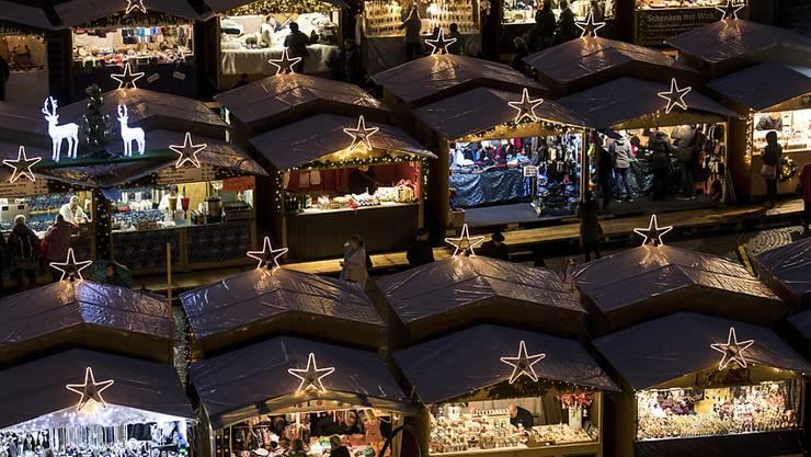 Die Weihnachtsmärkte in der Schweiz expandieren uns spielen auch im Tourismus eine wichtige Rolle. (Archiv)