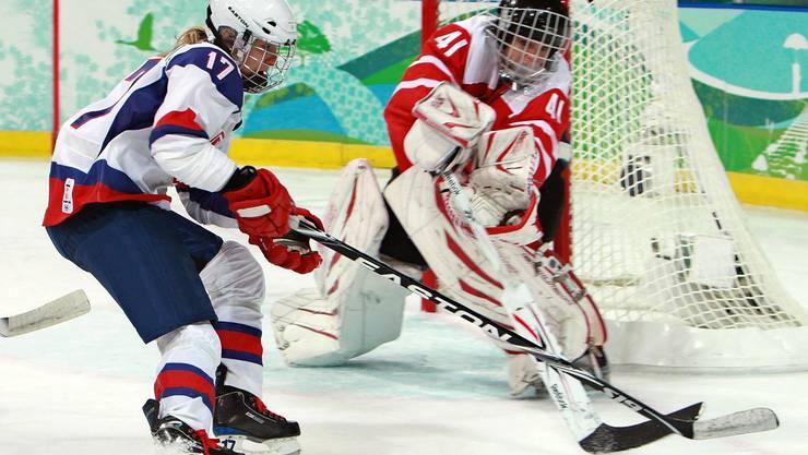 Die Slowakin Martina Velickova (links) spielte an den Olympischen Spielen 2010 gegen die Schweiz.
