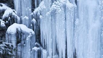 Eine Kältewelle rollt an (Symbolbild)