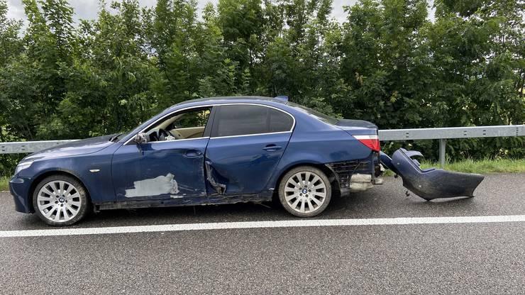 Am Fahrzeug enstand Totalschaden.