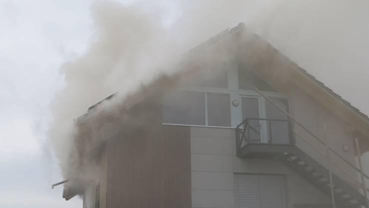 Beim Schwelbrand in Biel-Benken entstand ein grosser Sachschaden.