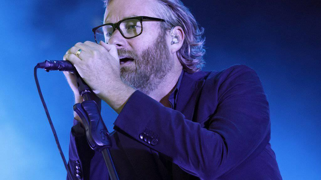 Gute Neuigkeiten von The National: Die US-Band um Frontmann Matt Berninger will im Herbst ein neues Album veröffentlichen. (Archivbild)