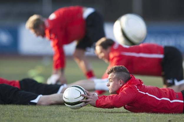 Wirbelt der «Bald-Bayer» am Mittwoch wie der «Kleine» (Messi) bei den Argentiniern?