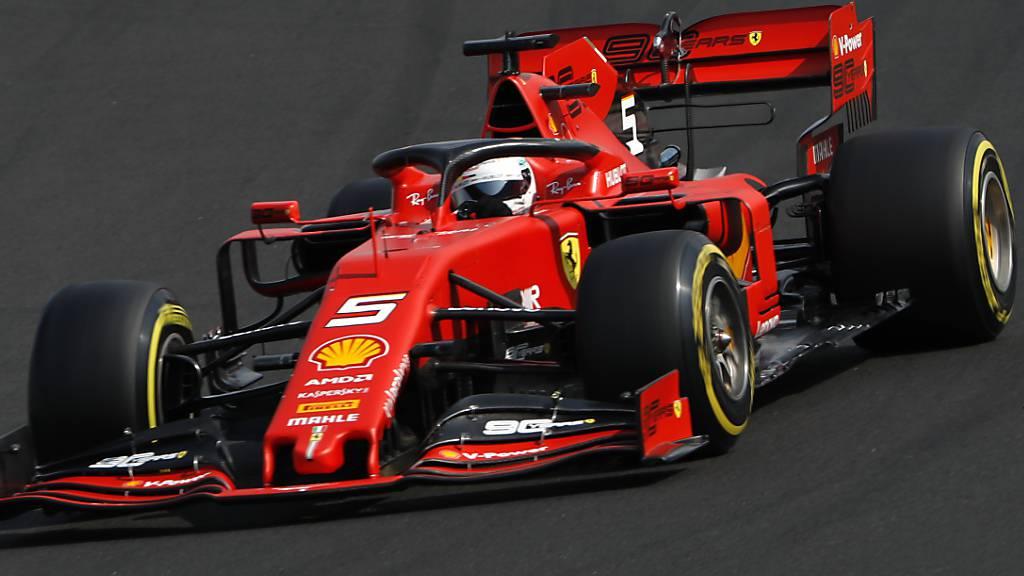Ferrari dominiert Trainingsauftakt in Belgien
