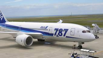 """Das Boeing-Flugzeug des Typs 787 (""""Dreamliner"""") fasst je nach Konfiguration 200 bis 300 Passagiere. Es wird seit 2009 produziert. (Archivbild)"""