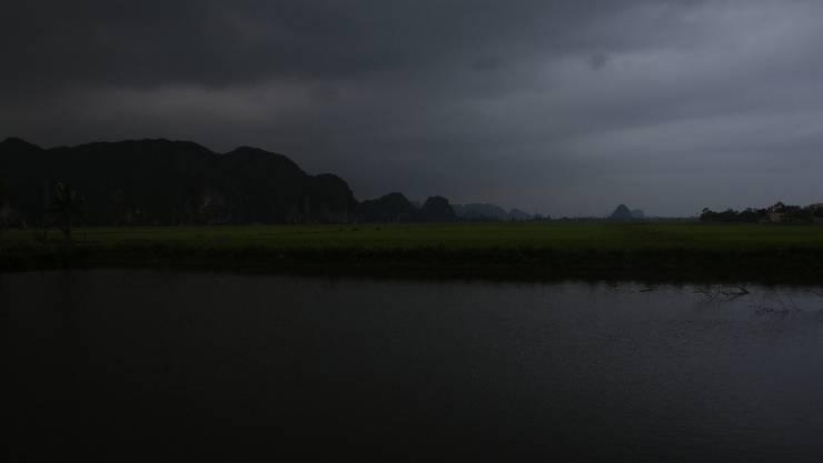 Das touristische Highlight der Woche war die wunderschöne Landschaft rund um Tam Coc in Vietnam - auch wenn bei meiner Ankunft gerade ein Gewitter aufzog