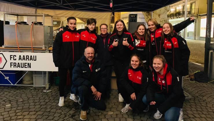 Vor dem Rückrundenstart organisierten die FC Aarau Frauen einen Raclette-Plausch.
