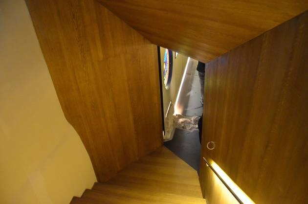 Eine Besondere Herausforderung für Holzer Kobler Architekten, die  mit dem Bauprojekt betraut wurden, war es, einen geeigneten Zugang zur Krypta zu schaffen.
