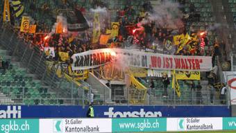Die YB-Fans in St. Gallen am 4. Mai 2013 in der AFG-Arena. Foto: EQ Images