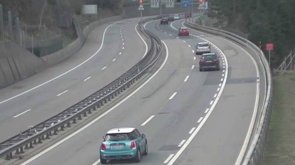 Grosser Osterstau vor Gotthard-Strassentunnel blieb vorerst aus