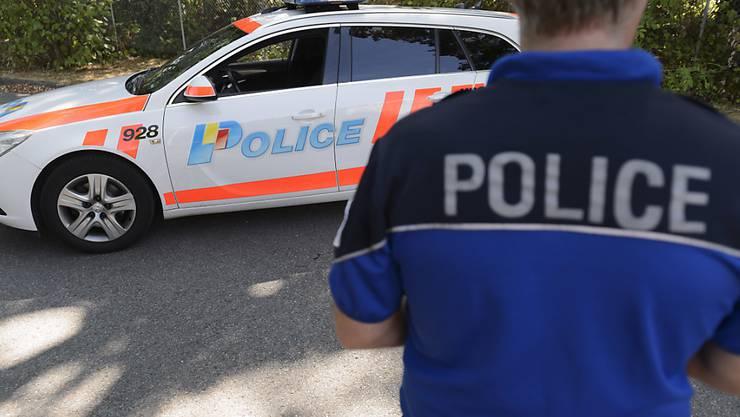 In Genf ist am Samstagmorgen ein etwa 20-jähriger Mann in einem Parkhaus erstochen worden. (Symbolbild)