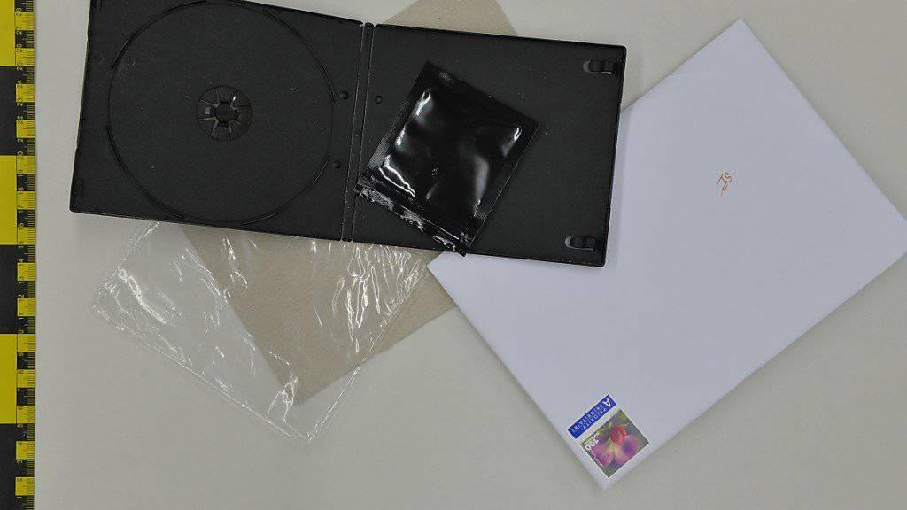 Im Darknet gehandelt, mit Bitcoins bezahlt, in DVD-Hüllen verschickt: Die Luzerner Polizei hat einen mutmasslichen Drogenhändler überführt.