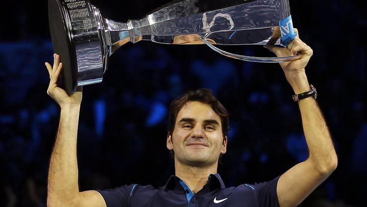 Auch den Pokal der ATP Finals stemmte Federer schon sechs Mal in die Höhe, letztmals 2011