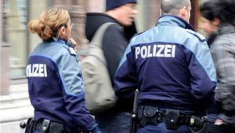 Die Basler Polizei hat den Deutschen dank Hinweisen ausfindig gemacht und festgenommen. (Archiv)