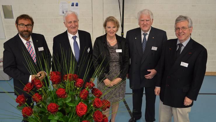 Die Verwaltungsräte Andreas Meyenberg , René Müller, Otto H. Suhner und Rainer Klöti (von links) freuen sich mit Geschäftsleiterin Susanna Mattenberger über den erfolgreichen Betrieb des MZB.