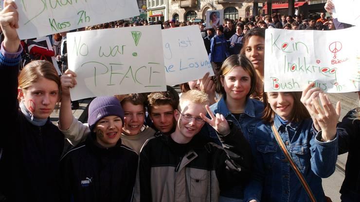Bei der letzten Schülerdemo 2003 waren tausende Jugendliche auf dem Marktplatz – damals protestierten sie gegen die US-Invasion im Irak.