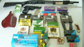 Hauptzollamt Singen beschlagnahmt Waffen und Munition