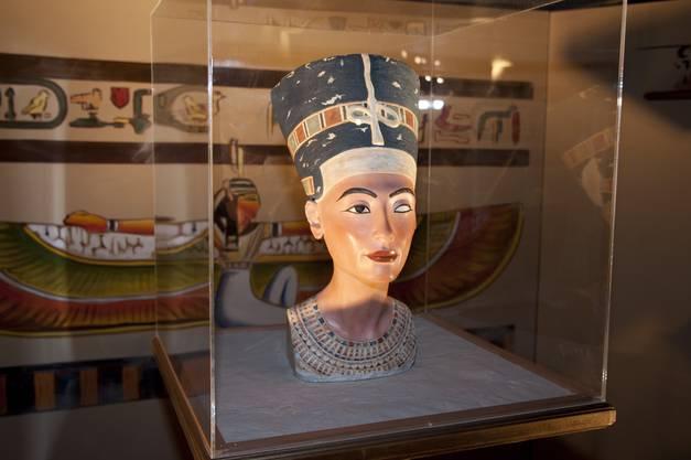 Der Kopf der Nofretete, Gemahlin des Gottkönigs Echnaton
