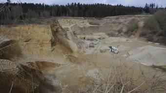 Heute wird in der Kiesgrube Haulital auf 600 Quadratmetern Kies abgebaut.