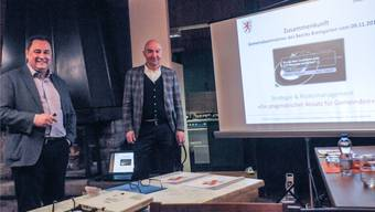 Der Villmerger Gemeinderat Renato Sanvido mit seinem Projektpartner Christoph Thoma.