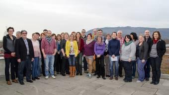 36 Mitarbeiterinnen und Mitarbeiter der Stiftung MBF bildeten sich in den vergangenen beiden Jahren weiter – an einem Apéro wurden die Abschlüsse gefeiert.