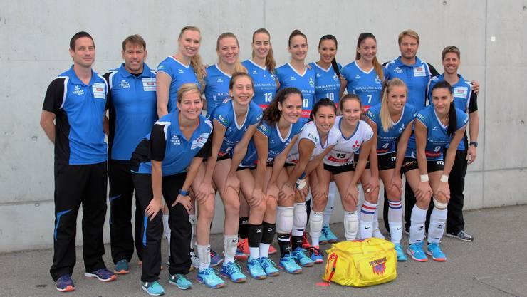 Mit diesem Team startet Sm'Aesch Pfeffingen in die neue Saison.