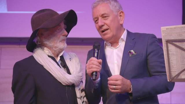 Der verstorbene Pfarrer Sieber wurde mit Lifetime Award geehrt