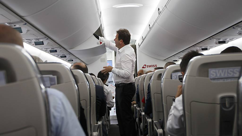 Endlich Schluss mit dem Gerangel beim Einsteigen? Die Lufthansa hofft, mit einem neuen Einsteigeverfahren das Boarding verkürzen zu können.  (Archiv)