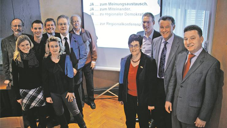 Oberaargauer Grossratsmitglieder für eine Regionalkonferenz.