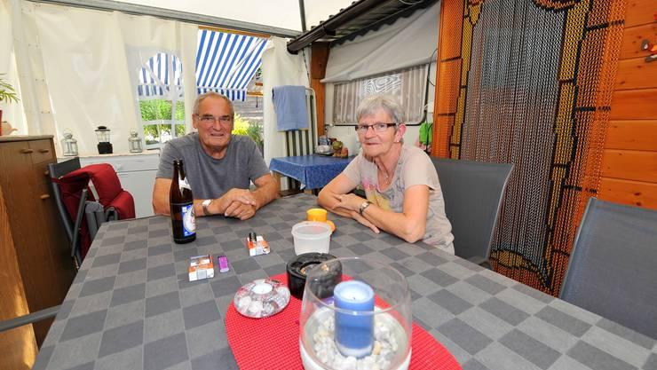Peter und Monika Schläppi sind den ganzen Sommer über auf dem Camping.