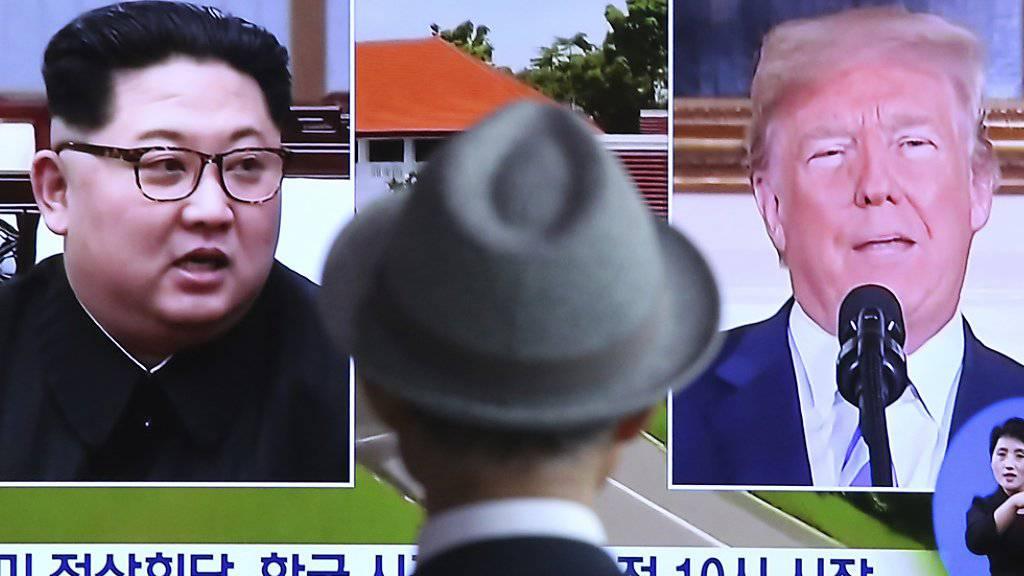 Das südafrikanische Fernsehen berichtet über die Vorbereitungen für den Gipfel zwischen US-Präsident Donald Trump und den norkoreanischen Machthaber Kim Jong Un.
