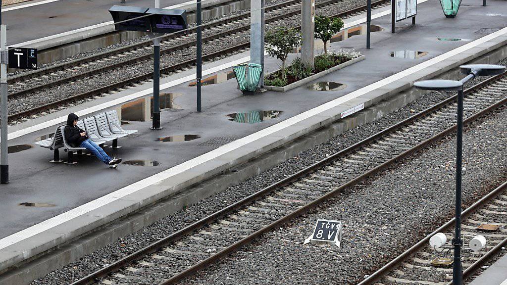 Bahnverkehr in Frankreich weiter lahmgelegt