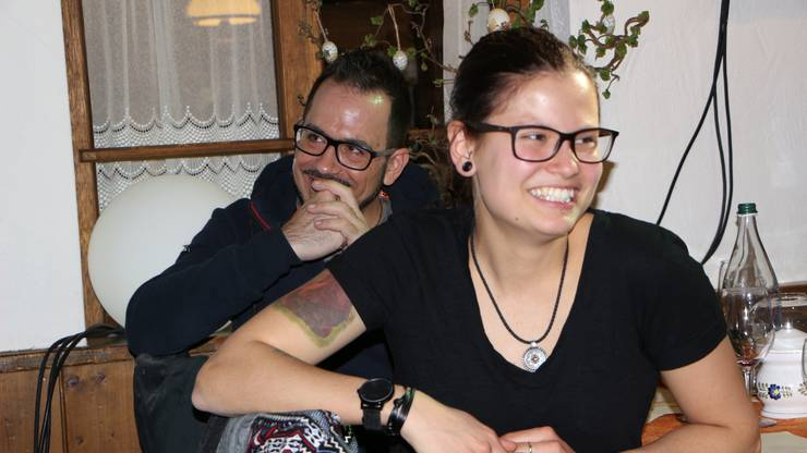 Glückliche Gesichter bei den Gästen.