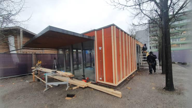 Innen wie aussen präsentiert sich der Dornacherplatz-Pavillon in neuem Look.