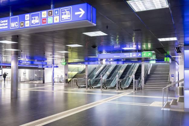 Leere am Bahnhof Zürich: Es fahren bis zu 80 Prozent weniger Leute in den Zügen.