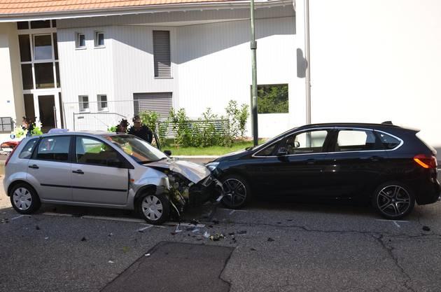 Eine Person wurde zur Kontrolle ins Spital gebracht.