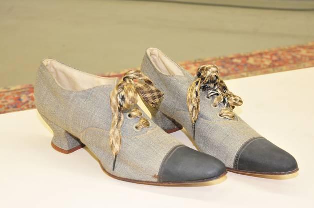 Eines der ältesten Damenschuh-Modelle stammt aus dem Jahr 1905.