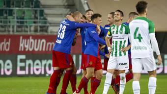 Der FC Basel jubelt über einen wichtigen Erfolg in der Ostschweiz.
