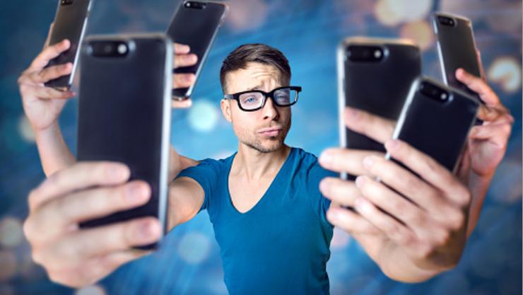 Wann checkst du dein Smartphone am Morgen?